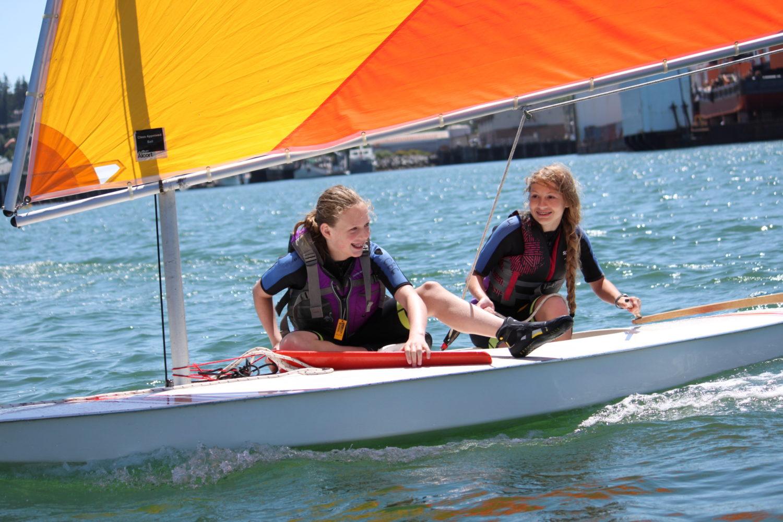 girls sailing